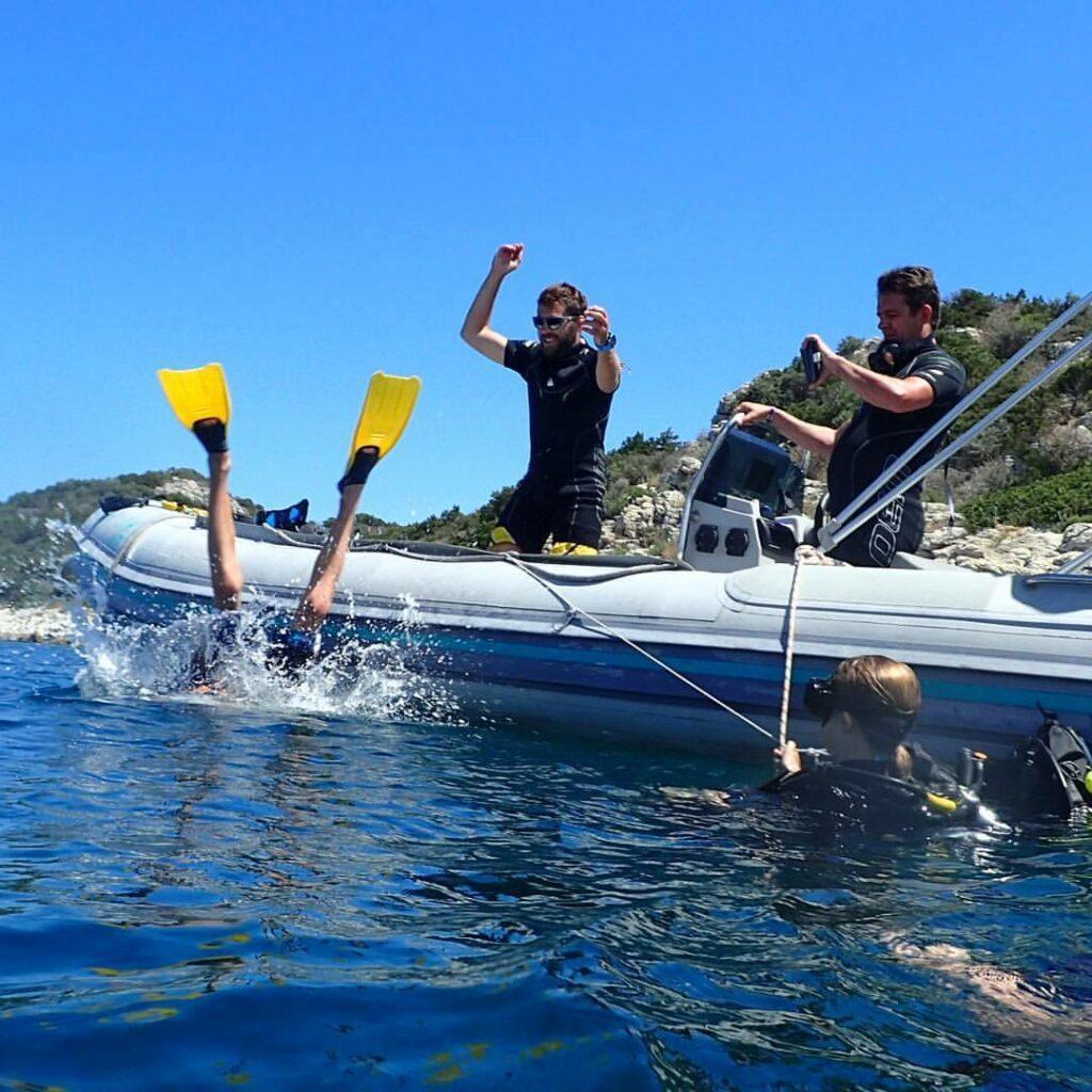 boat_excursion