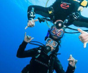 underwater-divers-ok